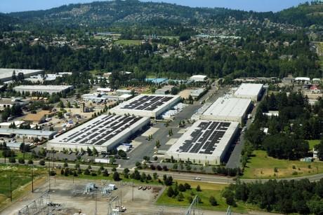 2,4 megawattový střešní solární projekt v Portlandu